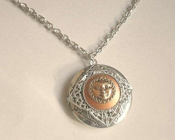 Médaillon céleste lune soleil médaillon collier déesse médaillon argent médaillon rond argent médaillon rond déesse bijoux