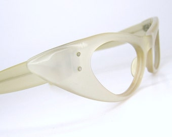 Vintage Ray ban Extreme Cat Eye Sunglasses Marcellina Pearl