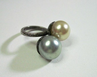 Vintage Art Deco Ring - 1920s - Faux Pearls - Sterling Silver - Size 2.50 - Pinky Ring - Dinner Ring - Cocktail Ring - Art Deco Jewelry