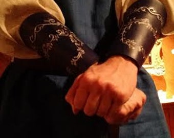 Continuos vine, leather bracers, gauntlets, armor, Elven