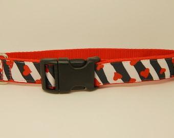 Red, Black White Dog Collar, Medium Dog Collar,  Red Hearts Dog Collar, One Inch Dog Collar, Ribbon Dog Collar, Side Release Clip Collar,
