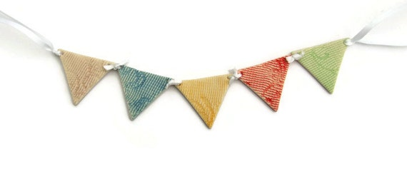 Miniature Bunting Cake Topper, Easter Mini Bunting, Birthday Bunting, Ceramic Cake Bunting, Fairy Garden Bunting, Dolls House Bunting - lace