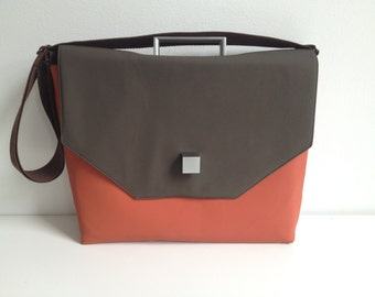 SALE Laptop/Briefcase with handle and square clasp