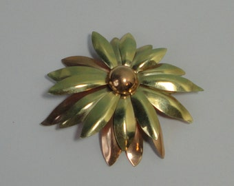 1940s Taylord Rose and Yellow Gold filled Flower Brooch/Pin
