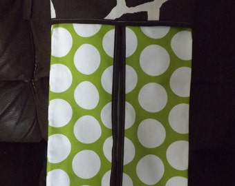 Diaper stacker holder crib Lime and natural giraffe