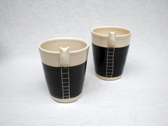 Kitty Cup - Black Wall