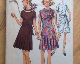 Vintage Simplicity 8602 Dress with Pleated Drop Waist Skirt