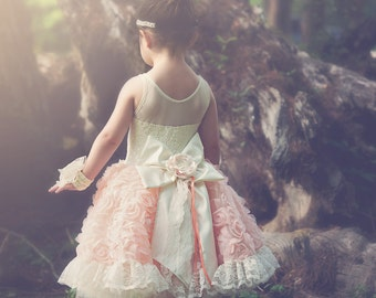 Girls peaches and cream lace flower girl dress 4t