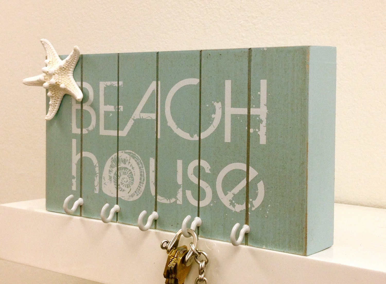 Beach decor key holder with starfish wall by for Mural key holder