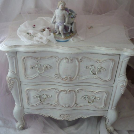 romantique bedside table vintage poppy cottage paint to. Black Bedroom Furniture Sets. Home Design Ideas