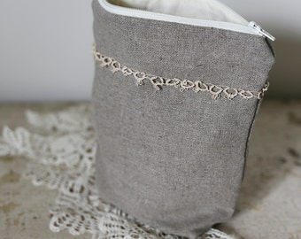 flat bottom linen pouch