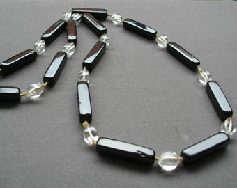 Art Deco Jet Black Glass Beads Necklace Accessories