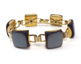 Square Black Pearl Lucite Vintage Mid Century 1950s Goldtone Bracelet - FREE Domestic Shipping
