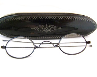 Rare Victorian Eyeglasses with antique coffin Case // 1800s Antique Glasses Frames