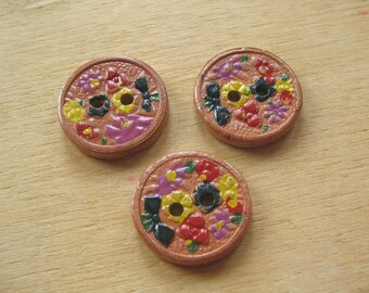 Hand Painted Vintage Buttons - Hand Decorated Flower Buttons - Pink Floral Buttons - Hand Painted Wooden Flower Buttons