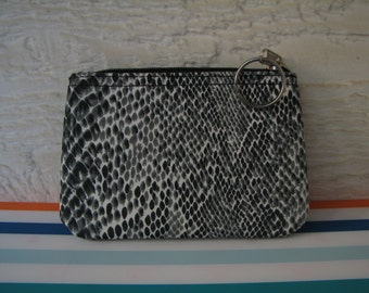 Vintage Coin Purse - Faux Snake Skin - Key Ring - Fabric - Accessories - Pouch - Vintage Purse - Zipper Closure
