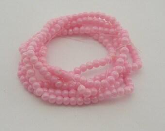 220 Pink glass beads 4mm B43