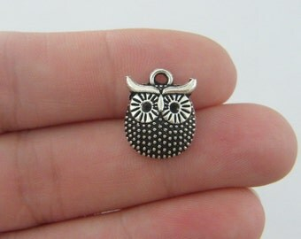 BULK 50 Owl charms antique silver tone O67