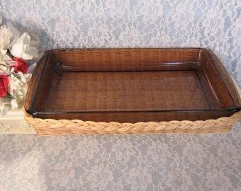 Vintage Pyrex Glass Oblong Baking Cake Casserole Dish 3 Quarts with Wicker Serving Basket, Glass Cookware, Vintage Kitchen, Glass Ovenware