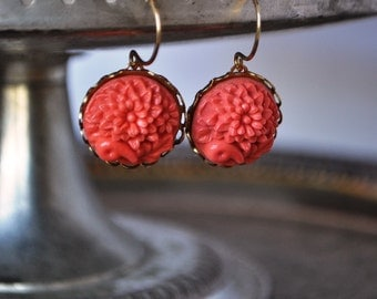 Vintage Coral Round Etched Floral Glass Earrings - Vintage Assemblage