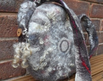 Round Felted Bag - Tambourine Bag - Natural wool