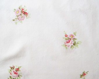 Vintage Sheet Fabric Fat Quarter – Floral Pink Roses Flowers Shabby Chic