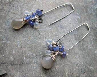 Sterling Silver earrings with little drops of Tanzanite & Moonstone, silver dangle earrings