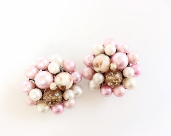Pink Pearls clip on clusters earrings vintage pearls clusters pink  retro jewelry JAPAN signed
