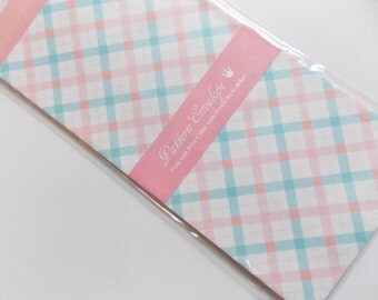 Pack of 5 Pattern envelopes Pink plaid stationary