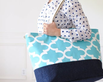 EXTRA Large Beach Bag // Quatrefoil Ocean Blue, Monogram Available