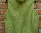 Vintage Ellen Tracy Sleeveless Turtleneck/Cowlneck Chartreuse Green Sweater Size Lg