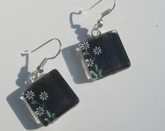 Fun Black Flower Earrings, Glass Dangle Earrings, Flower Earrings, Summer Earrings, Black and White Earrings