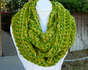 READY To SHIP Large Infinity Scarf, OOAK Loop Cowl, Bright Yellow & Light Green Extra Long Chunky Bulky Soft Crochet Knit Big Winter Circle
