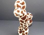 Gigi The Giraffe Plush Fleece Fabric Balloon Style Animal