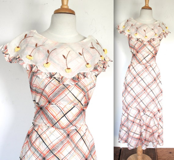 Plaid gown with yellow rosebud collar gatsby garden party ine