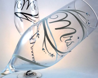 Mr. and Mrs. Wedding Toasting Flutes, champagne glasses, personalized in calligraphy, enhanced with crystals