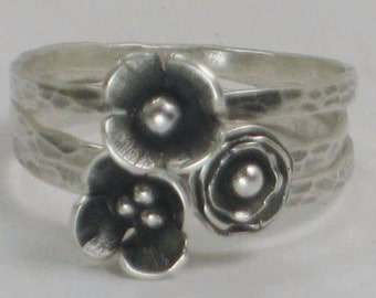 Sterling Flower Rings Set of 3 Anemone Metalwork Hammered Hand Crafted 925