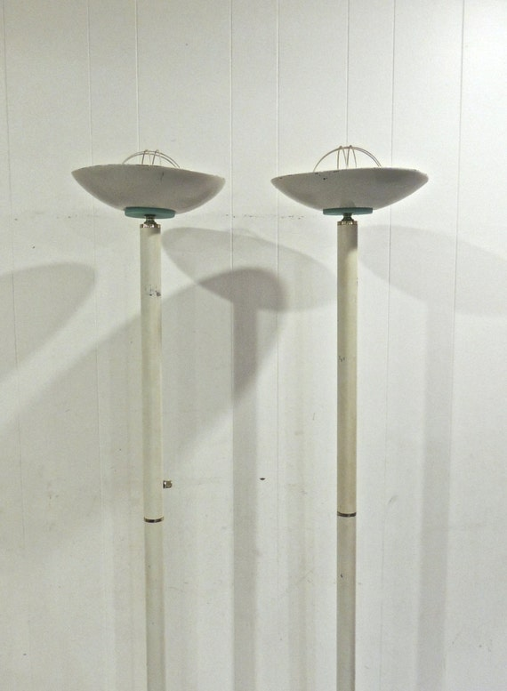 vintage torchiere floor lamps 1960s mid century white floor lamps 2. Black Bedroom Furniture Sets. Home Design Ideas