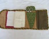 Green and white print cotton housewife, sewing case