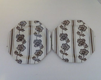 Royal Staffordshire Lotus Ironstone J&G Meakin England Luncheon Plates Brown Two
