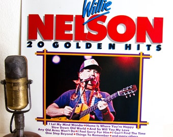 """ON SALE Willie Nelson Vinyl Record Album 1960s Country Western Music Easy Listening """"20 Golden Hits"""" (SCARCE Holland Import 1980s re-issue)"""