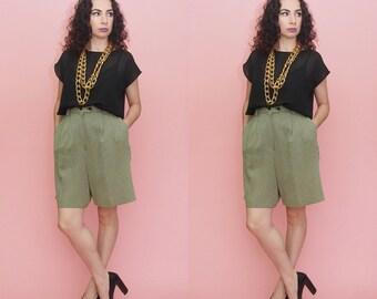 80s 90s Pleated Shorts // Culottes // Gingham Shorts // Vintage High Waist Shorts // Minimalist Shorts // Extra Large