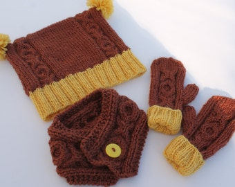 Clearance. Baby Pompom Hat, Neck Warmer and Mittens Set