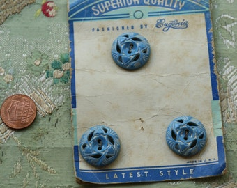"Vintage button card 1940s 1930  whitewashed blue full set  swirl plastic 13/16""  round buttons sweater set jumper"