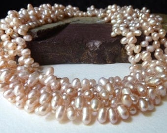 Light Peach Briolette Pearls  -  4x5mm - Light Peach with a Pink Undertone - Fine Quality Freshwater Pearls (bp18)