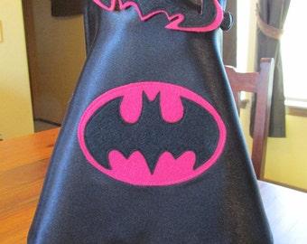 Newborn Photo Prop / Batman Cape and mask in Pink / Super hero prop / Photo Prop / Batgirl Cape and mask in Pink
