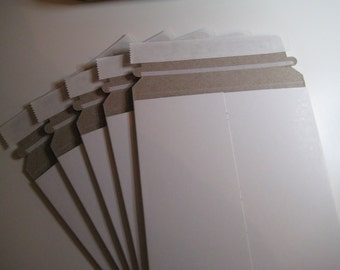 Stay Flat White Cardboard Self-Stick Adhesive Mailers Set of six Mailers 6x8 Size