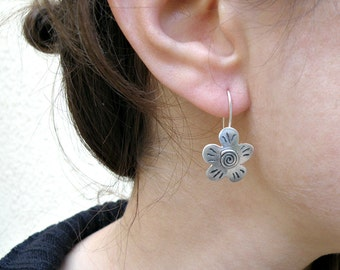 Silver Flower Earrings, Spring Earrings  Sterling Silver Earrings Gift For Her, Oxidized Flower Earrings Gift For Teens, Floral Jewelry