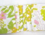 VINTAGE SHEET Fat Quarter Soft Multi Floral Retro Bed Linen 1960s 1970s  VSMult03