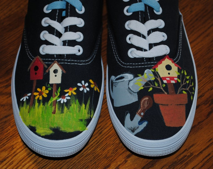 For Sale Lace up Gardening shoes size 8.5 navy canvas